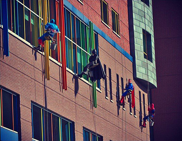 superhero-window-washer-all-heroes-pittsburgh