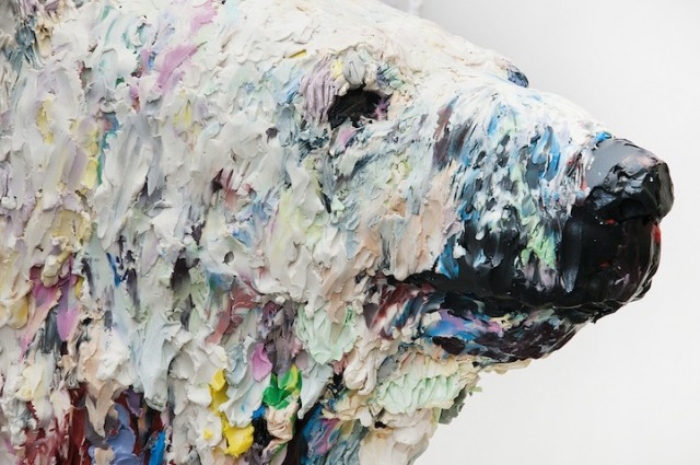Polar-Bear-Sculpture2-640x425